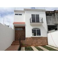 Casa nueva en vista al Valle en San Cristobal