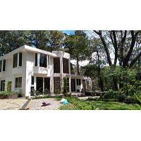 CityMax Antigua Casa en venta en Hojarascas Mixco Z.1 extenso terreno