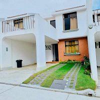 CityMax Antigua renta casa amueblada en residencial de Santa Lucia MA